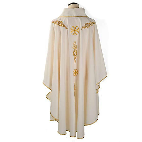 Liturgical chasuble with golden embroidery 2