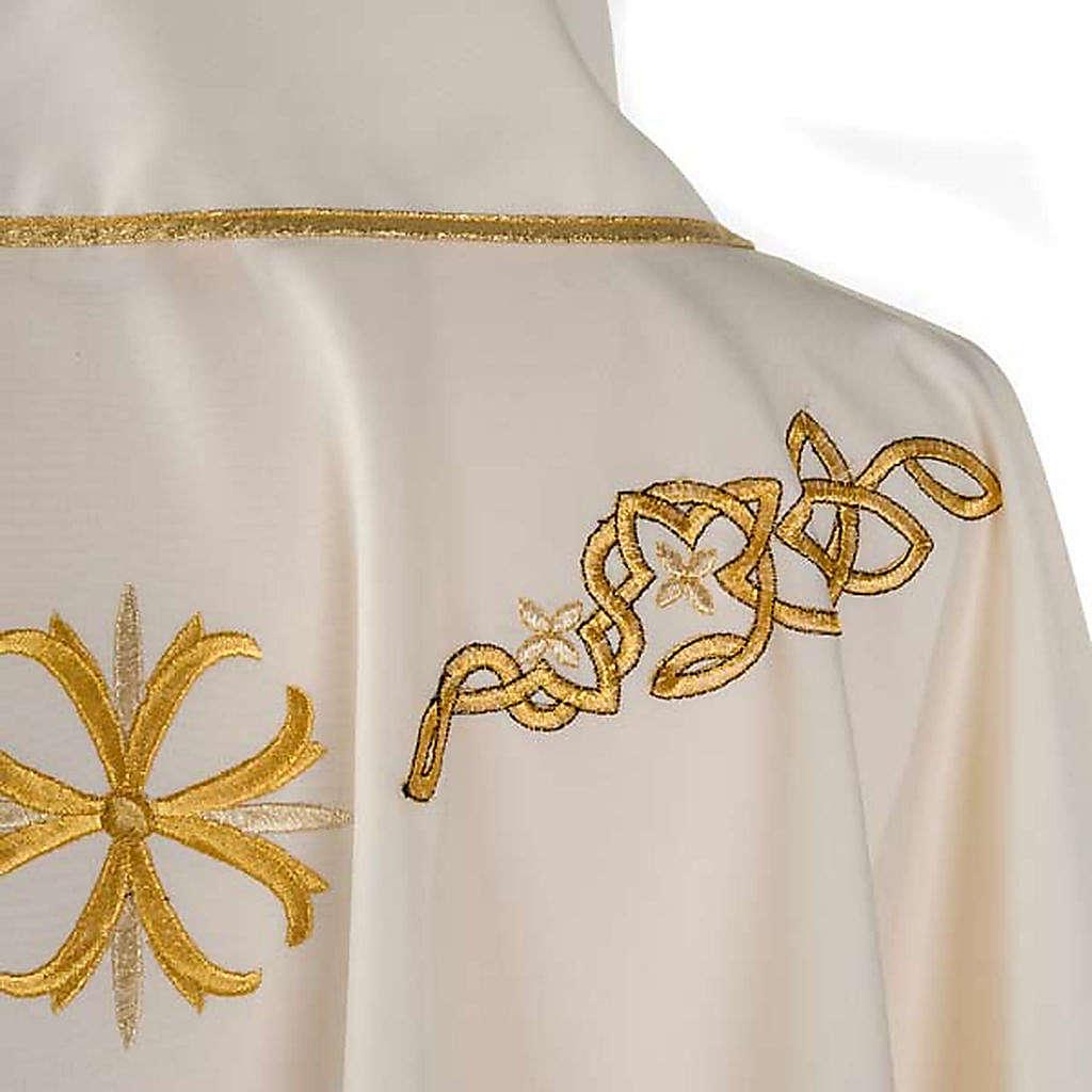 Chasuble liturgique broderie dorée 4