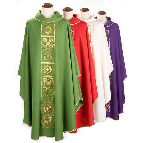 Casula liturgica con ricamo dorato 1