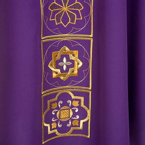 Casula liturgica con ricamo dorato 5