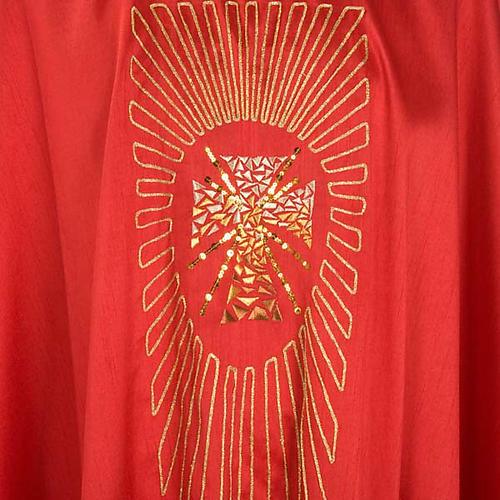 Chasuble liturgique broderie dorée croix avec rayons 3