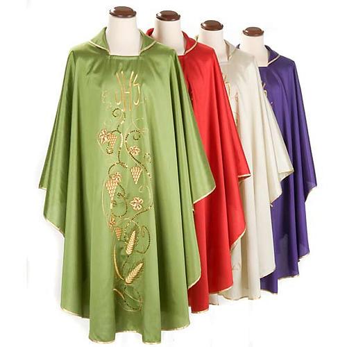 Chasuble liturgique shantung, décor raisins IHS 1