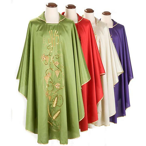 Chasuble with IHS grapes, shantung 1
