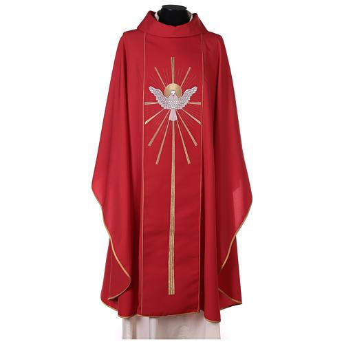 Chasuble rouge avec Saint Esprit et flammes 1