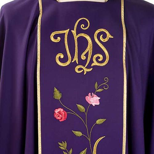 Chasuble liturgique 100% laine, IHS et roses 3