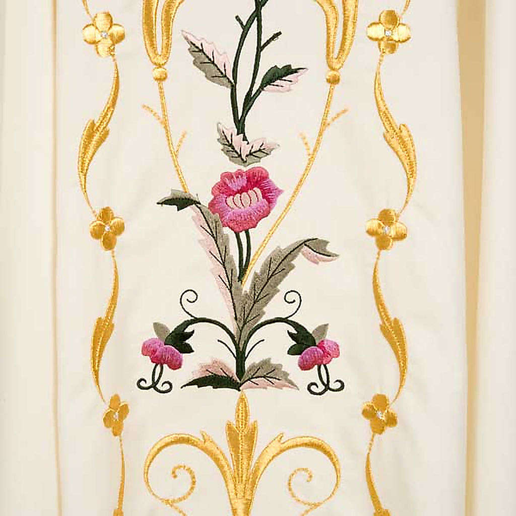 Liturgical vestment in wool with floral embroideries 4