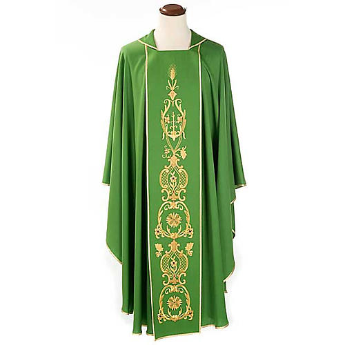 Chasuble in wool with gold flowers and ears of wheat 1