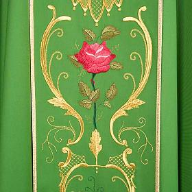 Casulla sacerdotal decoraciones dorada flores colorada lana 100% s4