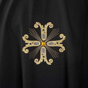 Casula sacerdotale nera 3 croci dorate fronte e retro s3