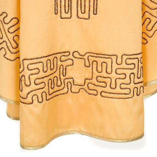 Chasuble dorée shantung croix stylisée 5