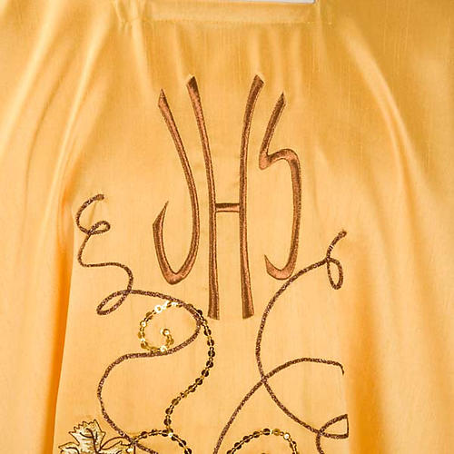 Chasuble with IHS symbol, grapes and ears of wheat - shantung 3