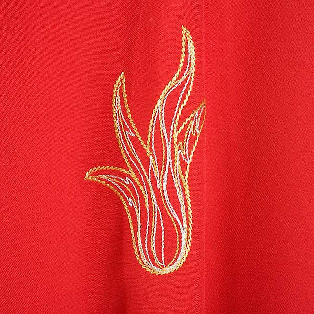 Chasuble rouge Saint Esprit et flamme 4
