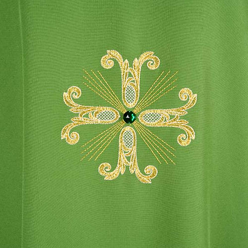 Chasuble with three crosses and glass pearl 3