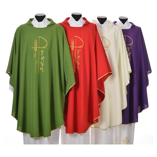 Chasuble in polyester with Chi-Rho and grapes and vine symbols 1