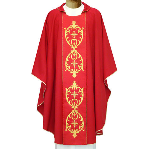 Catholic Chasuble in double twisted wool yarn and lurex with embroidery 1