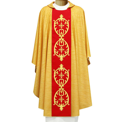 Gold Chasuble in  double twisted wool yarn lurex with embroidery 1