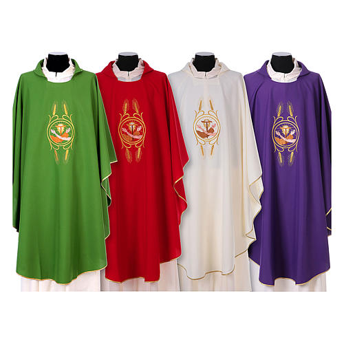 Franciscan Catholic Chasuble in polyester with Jesus and St.Francis hands 1
