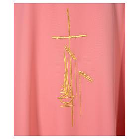 Casulla rosada poliéster cruz delicada espigas s4