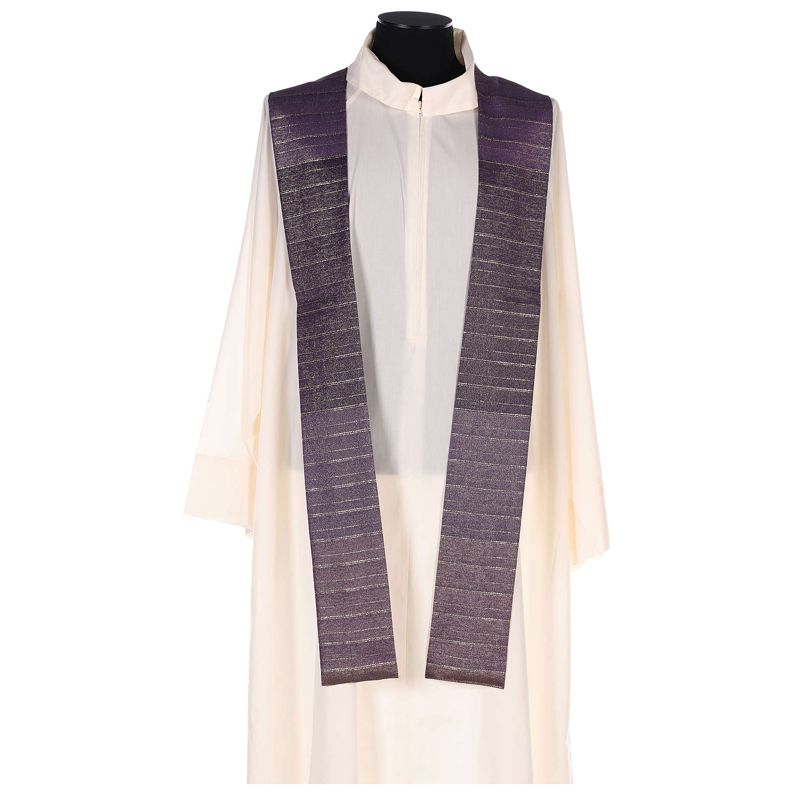 Chasuble in Tasmanian wool with double twisted yarn 4