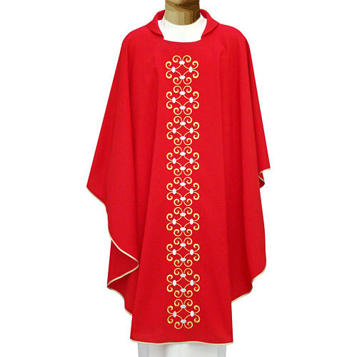 Liturgical chasuble in polyester with floral embroidery 1