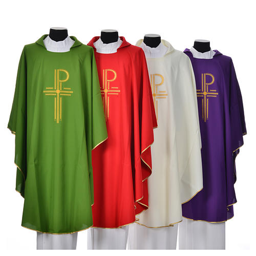 Chasuble in shiny polyester with Chi-Rho 1