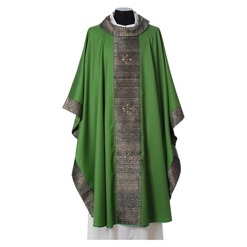 Chasuble in wool with orphrey in silk and sardonyx agate stones 8