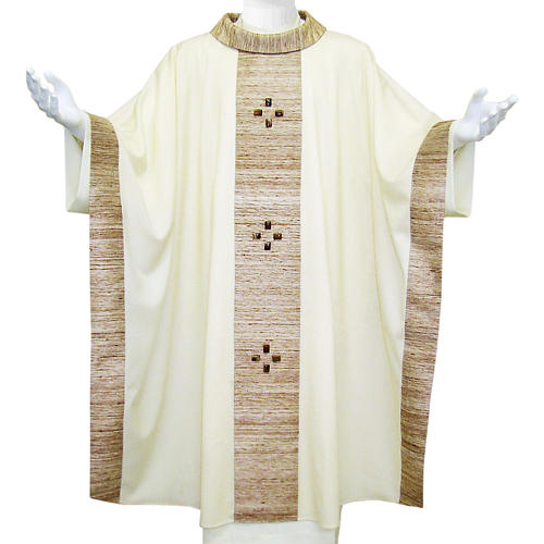 Chasuble in wool with orphrey in silk and sardonyx agate stones 1
