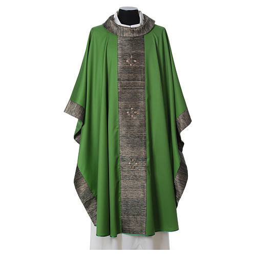 Chasuble in wool with orphrey in silk and sardonyx agate stones 2