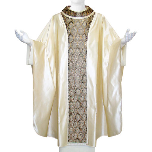 Priest Chasuble in pure silk, with orphrey in Jaquard silk 1