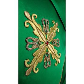 Chasuble brodée à la main décoration florale s2