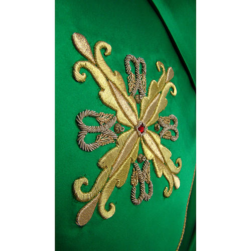Chasuble in pure silk with hand-embroidered cross symbol 2