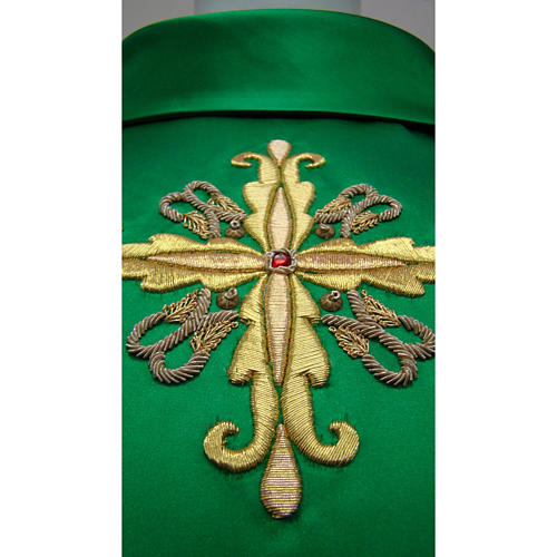 Chasuble in pure silk with hand-embroidered cross symbol 3