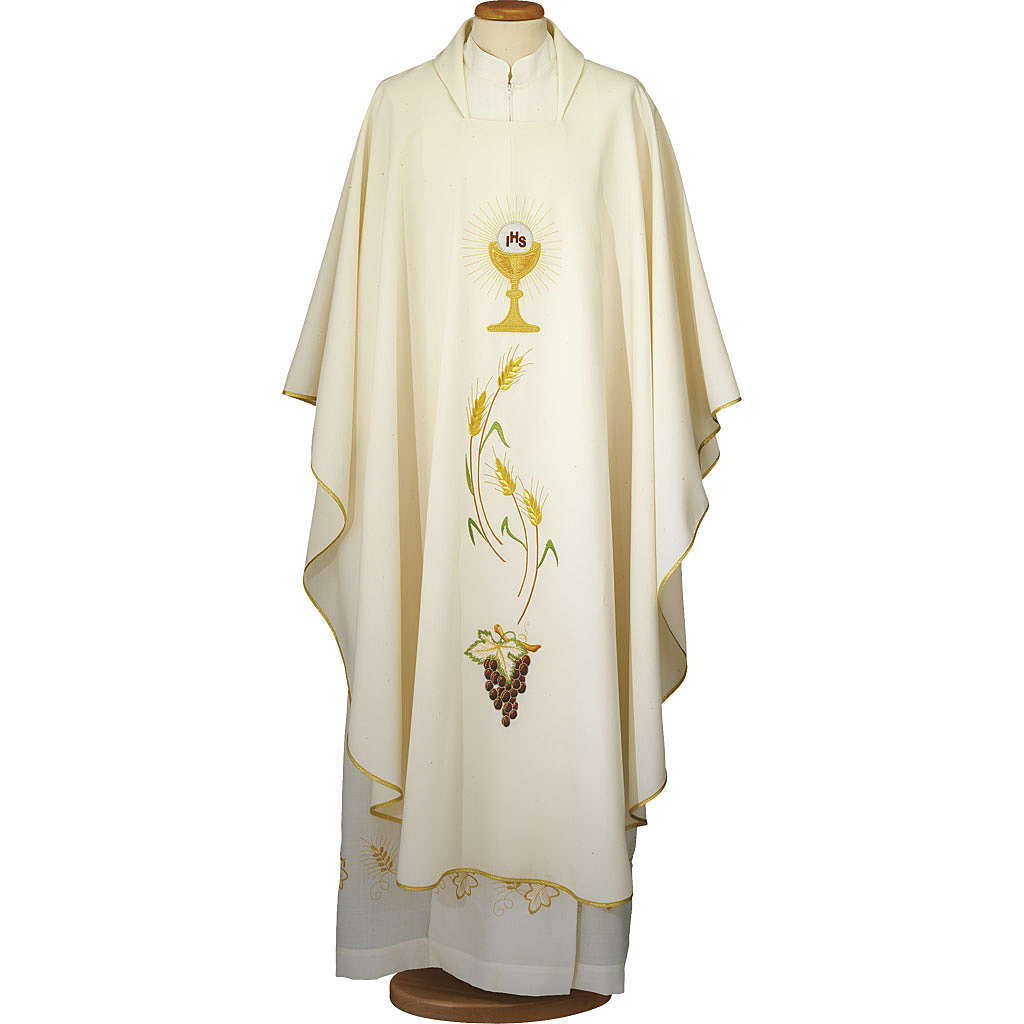 Ivory chasuble with Eucharist symbol in polyester 4