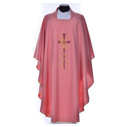 Casula rosa con ricamo croce 1