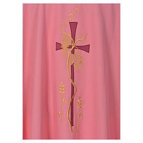 Casula cor-de-rosa com bordado cruz s4
