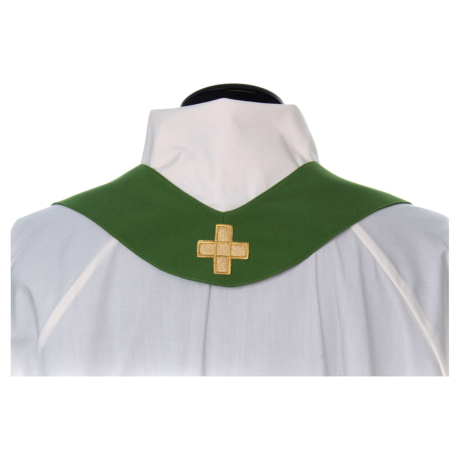 Chasuble broderie croix 4 couleurs 4