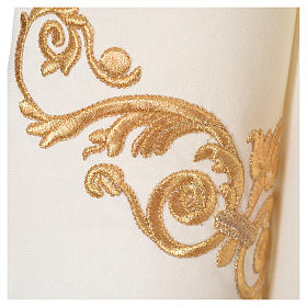 Chasuble 20% laine  80% polyester IHS, décor sur col et bords s10