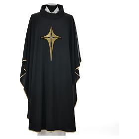 Casulla negra 100% poliéster con cruz estilizada s4