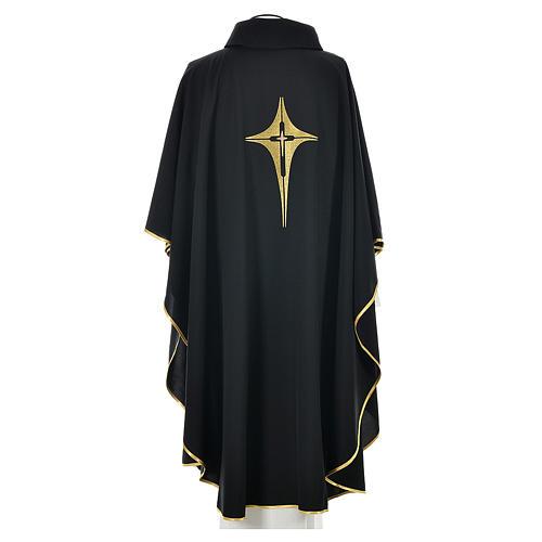 Chasuble noire 100% polyester croix stylisée 2