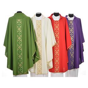 Chasuble 100% polyester décors croix dorées s2