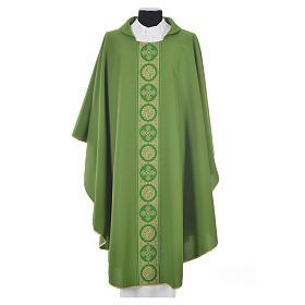 Chasuble 100% polyester décors croix dorées s6