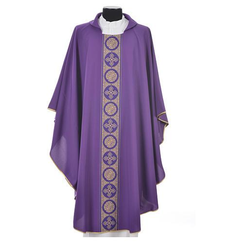 Chasuble 100% polyester décors croix dorées 3