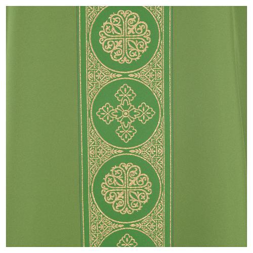 Chasuble 100% polyester décors croix dorées 7