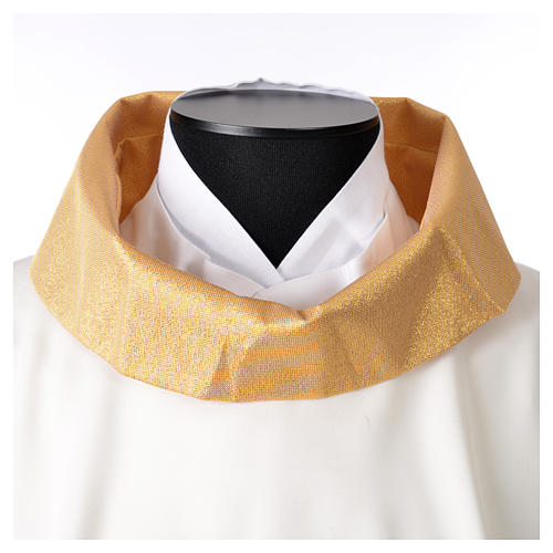 STOCK Chasuble Jubilee with LATIN application and golden finish 100% polyester 5