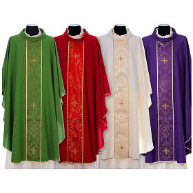Chasuble in 100% polyester with damask filigree stole and three crosses s1