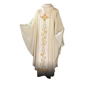 Catholic Chasuble in 100% wool and machine embroidered stole s1