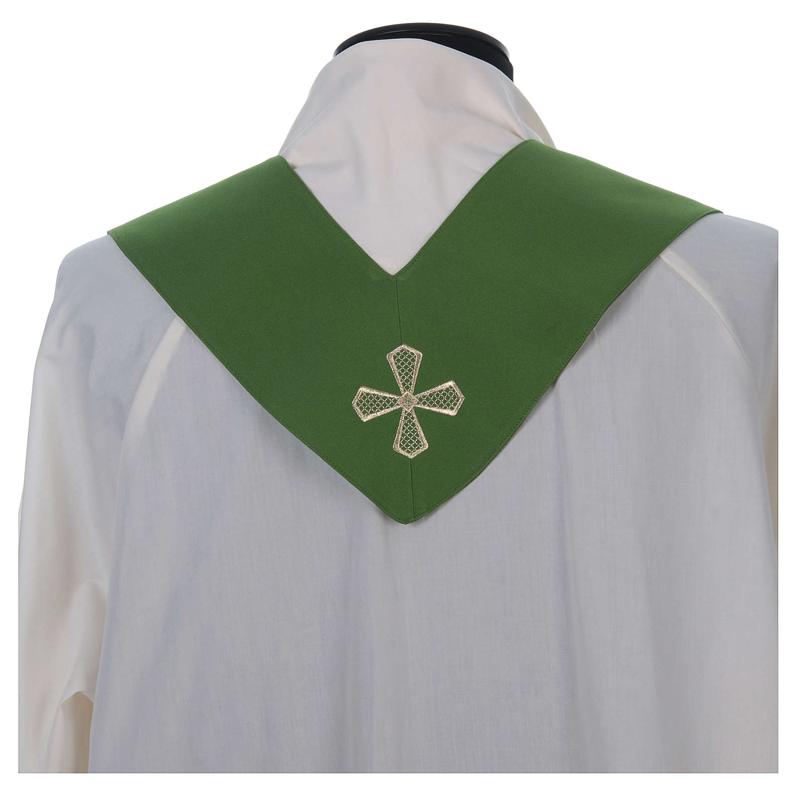 Chasuble 100% polyester inserts tissu croix brodée 4