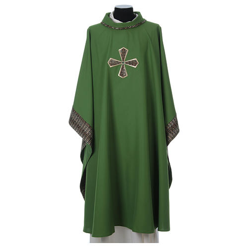 Chasuble 100% polyester inserts tissu croix brodée 1