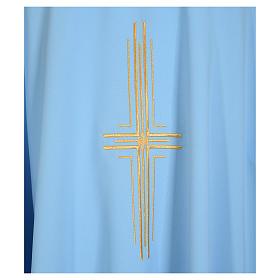 Chasuble bleu clair 100% polyester croix dorée s7