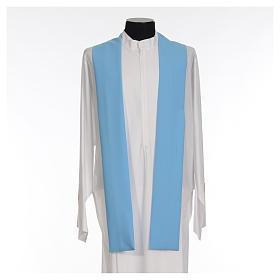 Chasuble bleu clair 100% polyester croix dorée s8